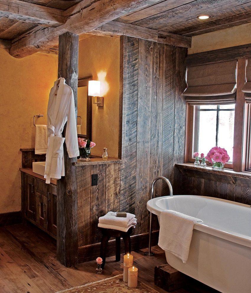 Обязательным условием использования натурального дерева в отделке ванной комнаты является его обработка влагостойкой пропиткой и эффективная вентиляция помещения ванной