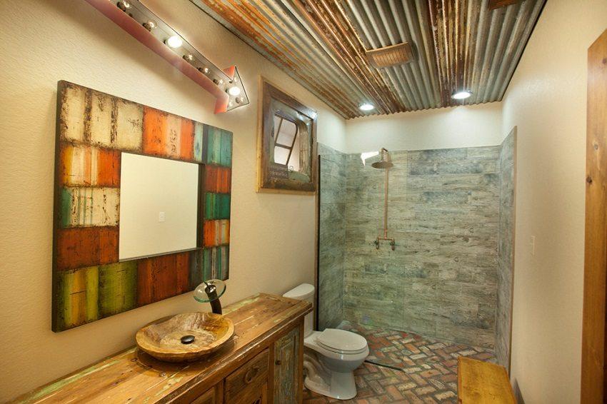 Пластиковые панели для ванной комнаты с оригинальным оформлением в стиле минимализм