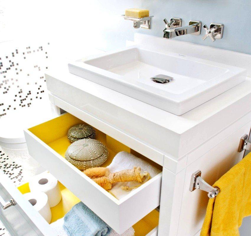 waschbecken badezimmer rechnung auf dem tisch. Black Bedroom Furniture Sets. Home Design Ideas
