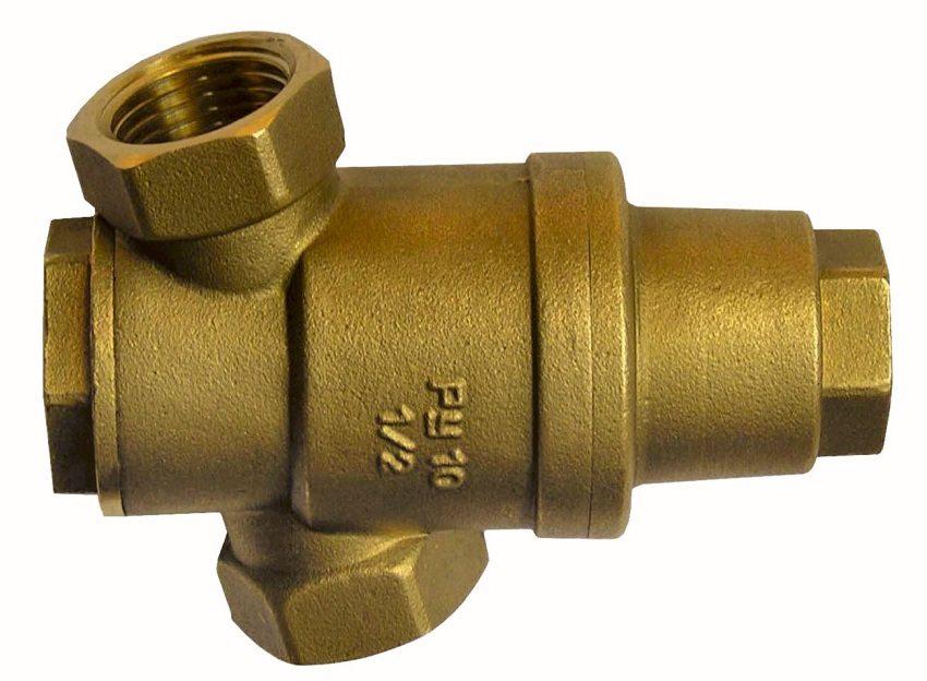 Бытовые редукторы воды РДВ помогают снизить давление, шум и вибрацию, увеличивают срок службы гидравлического оборудования трубопроводов и арматуры