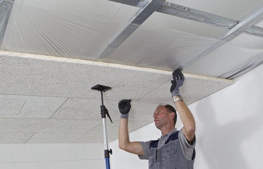 Чтобы предохранить волокнистые шумопоглощающие материалы от влаги, при их монтаже дополнительно обустраивают гидро- и пароизоляцию
