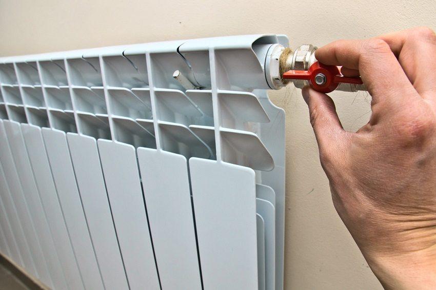 Шаровые вентили устанавливают до и после приборов отопления