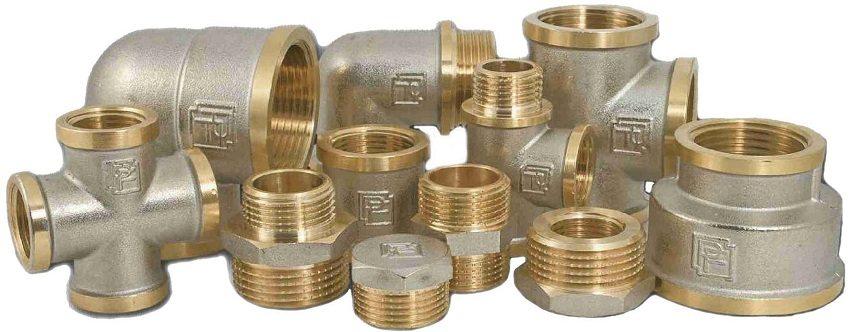 Фитинг — соединительная часть трубопровода, устанавливается в местах его разветвлений, поворотов, переходов на другой диаметр