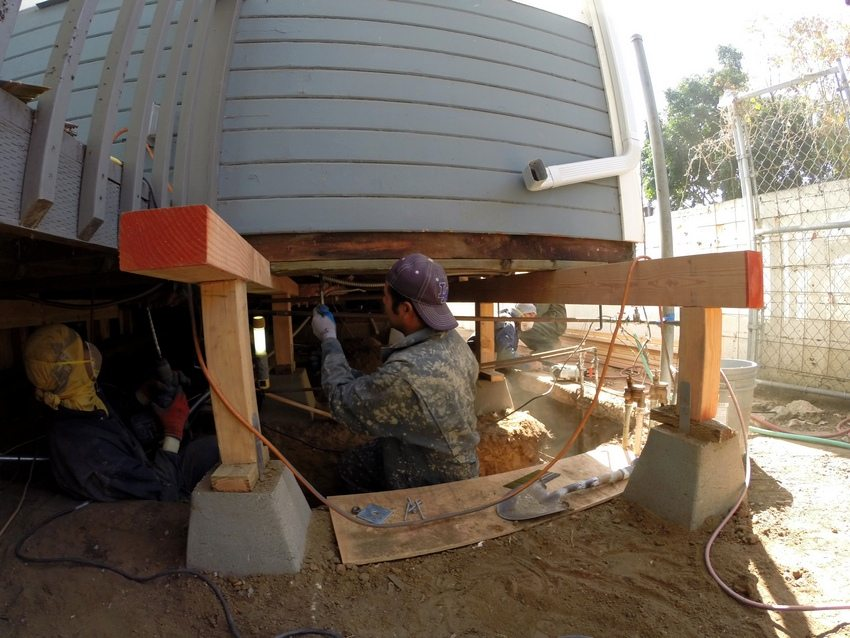 Для реконструкции фундамента дома необходим грамотный и ответственный подход