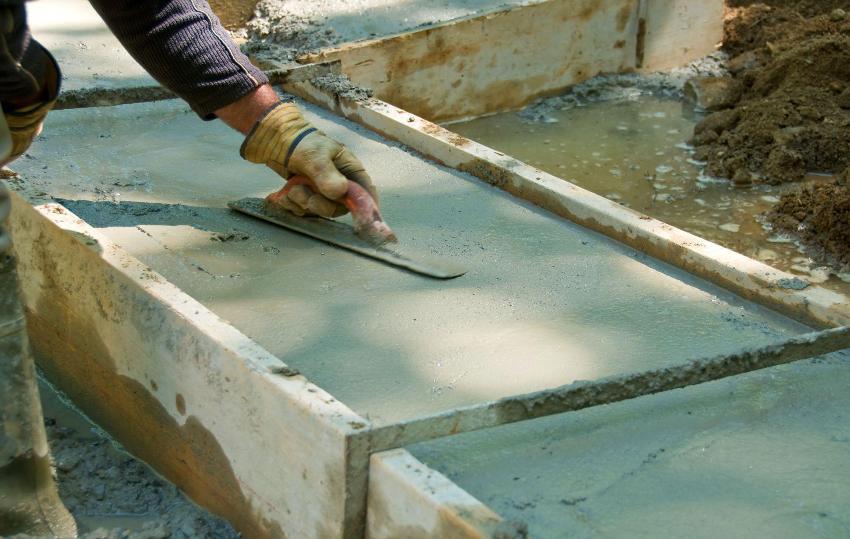 Заливка бетонного ростверка своими руками
