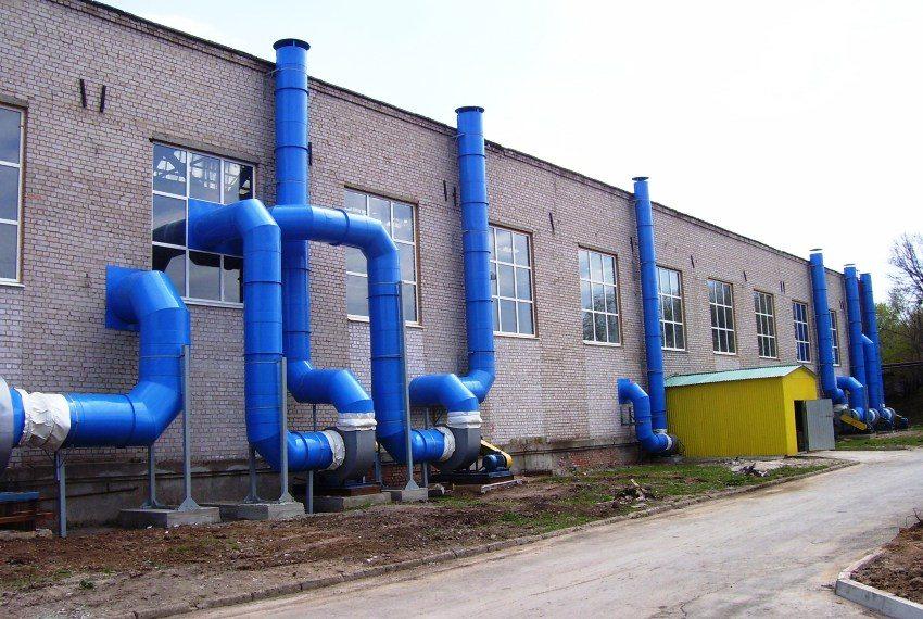 Использование полипропиленовых труб для обустройства вентиляции промышленного здания