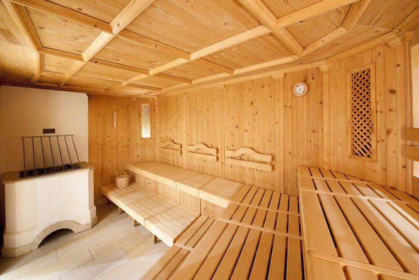 Микроклимат в бане напрямую зависит от количества вентиляционных отверстий, их размеров и места расположения