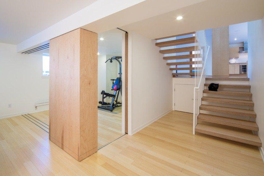 Виниловый пол с максимальным уровнем износостойкости можно использовать в домашнем спортзале