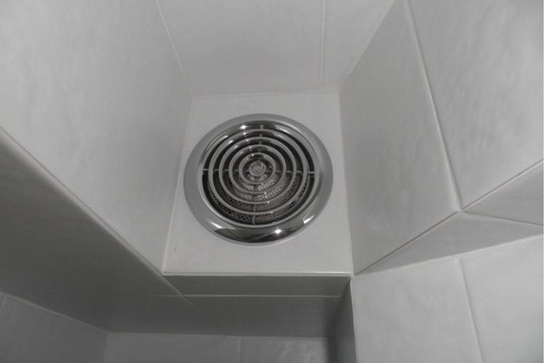 Вытяжка в туалете