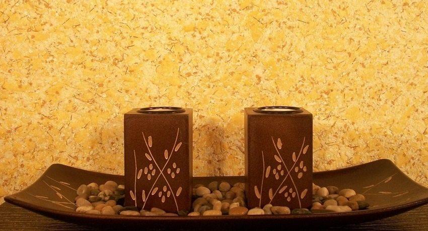 Жидкие обои по сути - та же штукатурка для стен с декоративными наполнителями