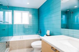 Керамическая плитка - самый популярный материал для отделки ванной комнаты