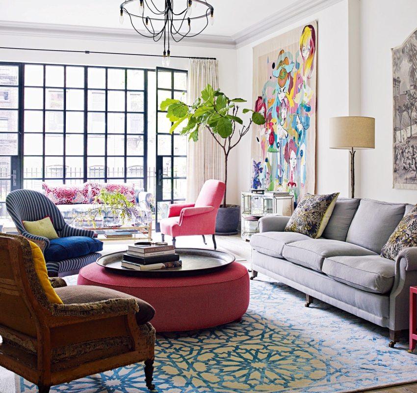 Размещение в гостиной мебели разных стилей