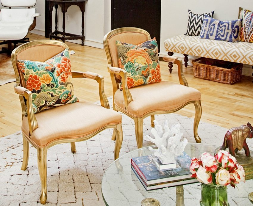 Антикварная мебель и сувениры внесут в интерьер винтажный оттенок