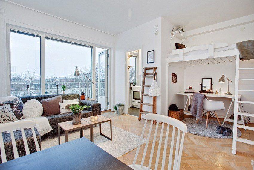 Многофункциональная гостиная с рабочей зоной и спальным местом