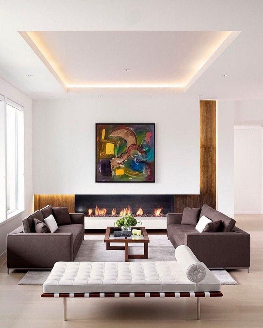 Благодаря использованию парящего натяжного потолка можно визуально увеличить площадь небольшой комнаты