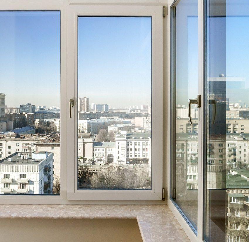 Металлопластиковые окна со стеклопакетами - оптимальный вариант для утепления балкона