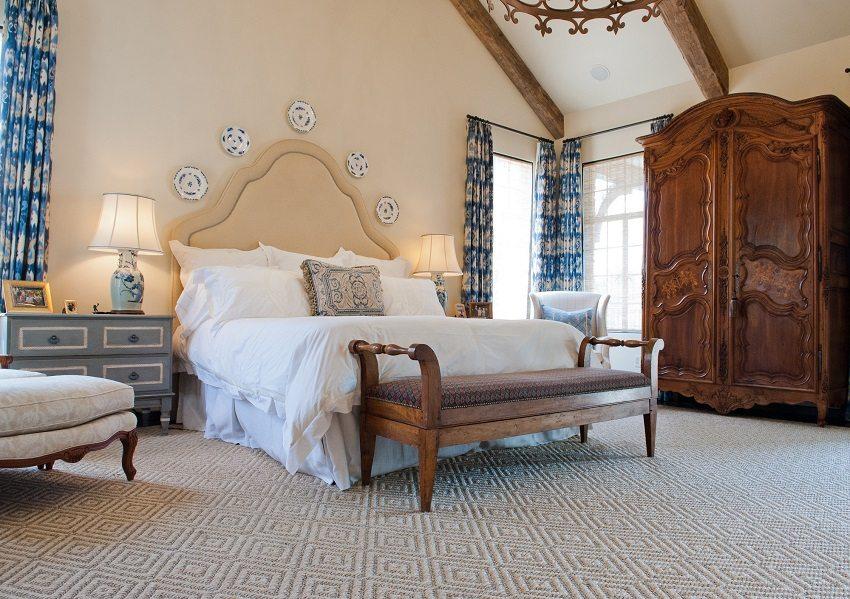 Floor of jute mat in the bedroom
