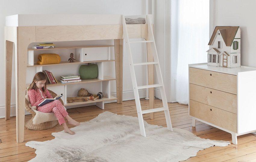В детской комнате лучше обустраивать полы из экологичных материалов
