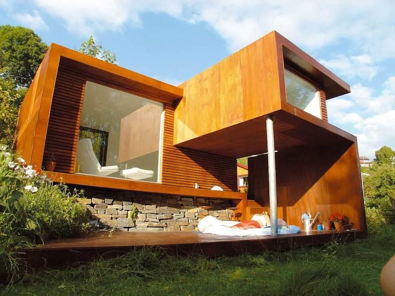 Современный дизайн небольшого дачного домика