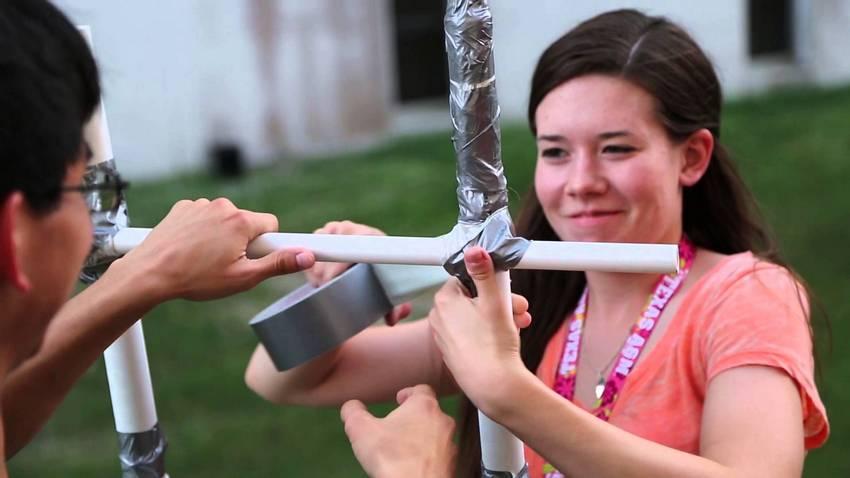 Пластиковые трубы просты в установке: быстро собираются и разбираются в случае необходимости