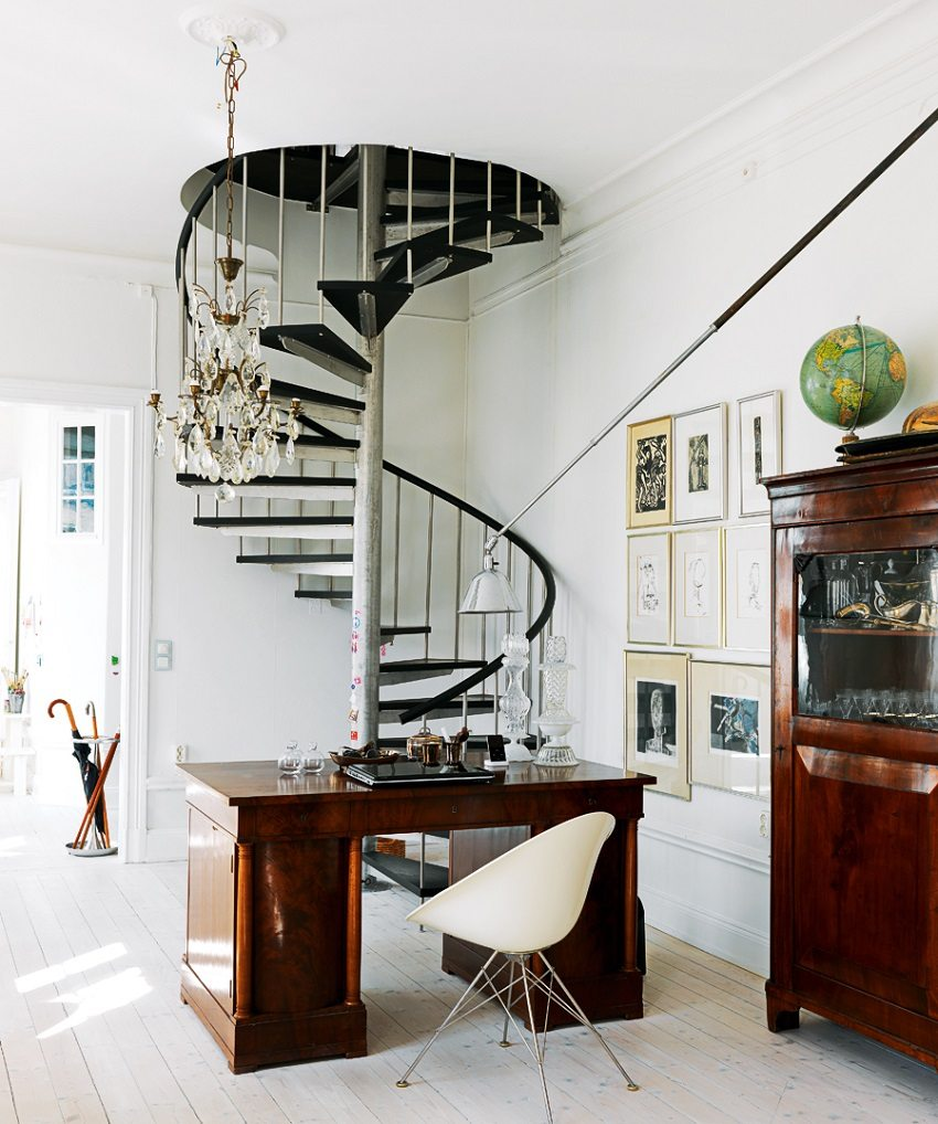Винтовая лестница - функциональна и компактна
