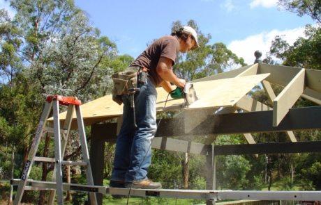 Беседка своими руками из дерева: пошагово возводим легкую конструкцию