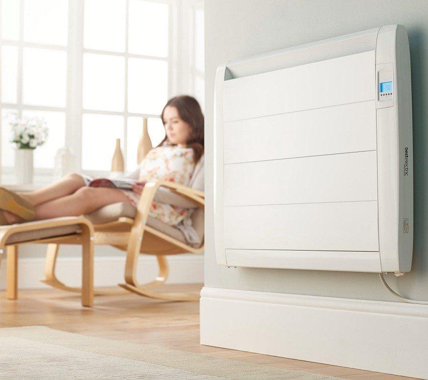 Температура в помещении регулируется термостатом