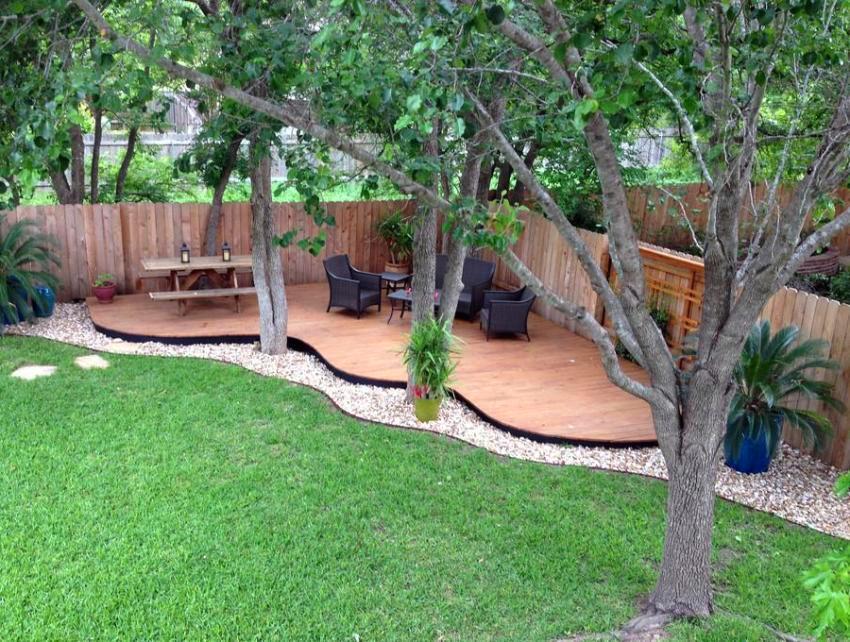 Деревья на дачном участке создадут прохладу и тень в жаркое время года