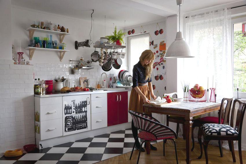 Керамическая плитка является идеальным вариантом при установке теплого пола для кухни