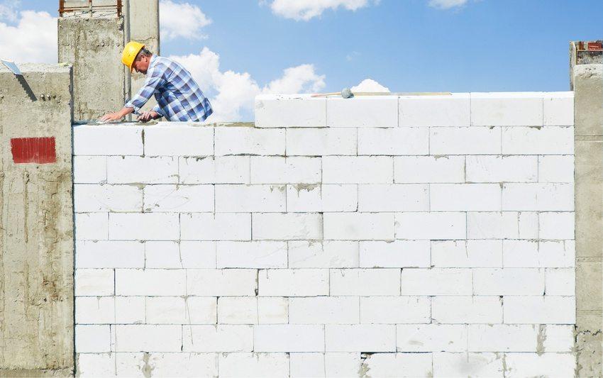 Возведение стен из пенобетонных блоков