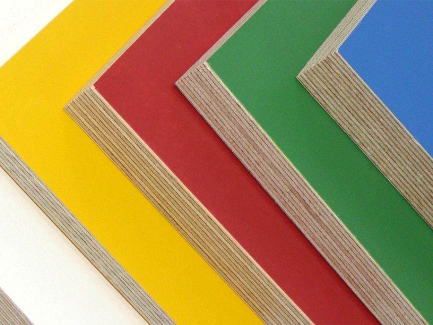 Ламинированная фанера может иметь верхнее декоративное покрытие любого цвета