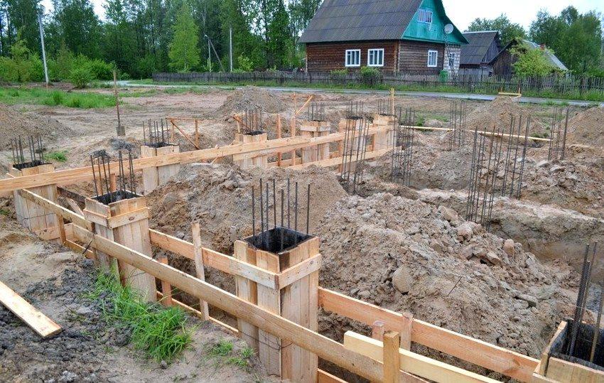Строительство столбчатого вида фундамента