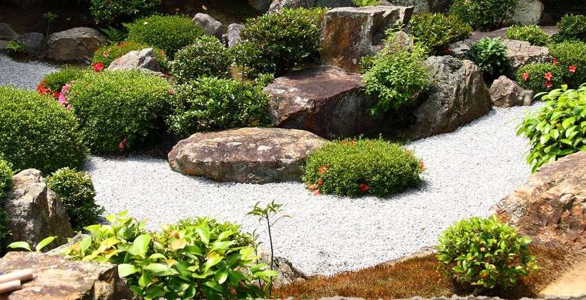 Камень является основным элементом рокария