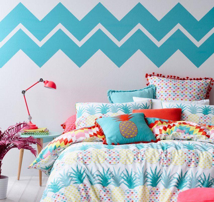 Combining wallpaper will help in creating a unique bedroom interior