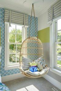 Грамотное сочетание цветов является ключевым моментом при выборе обоев для спальни