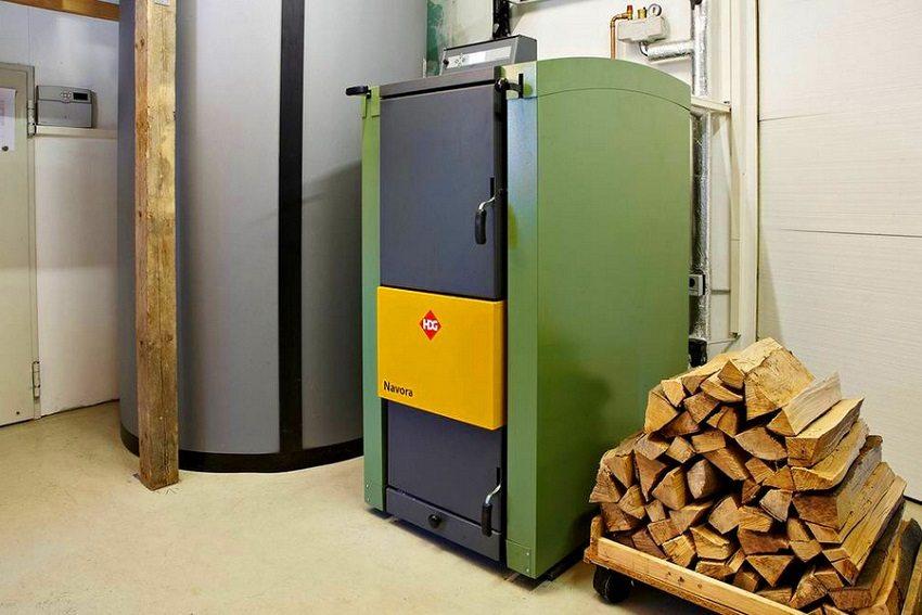 Следует тщательно продумать выбор дров для твердотопливного котла