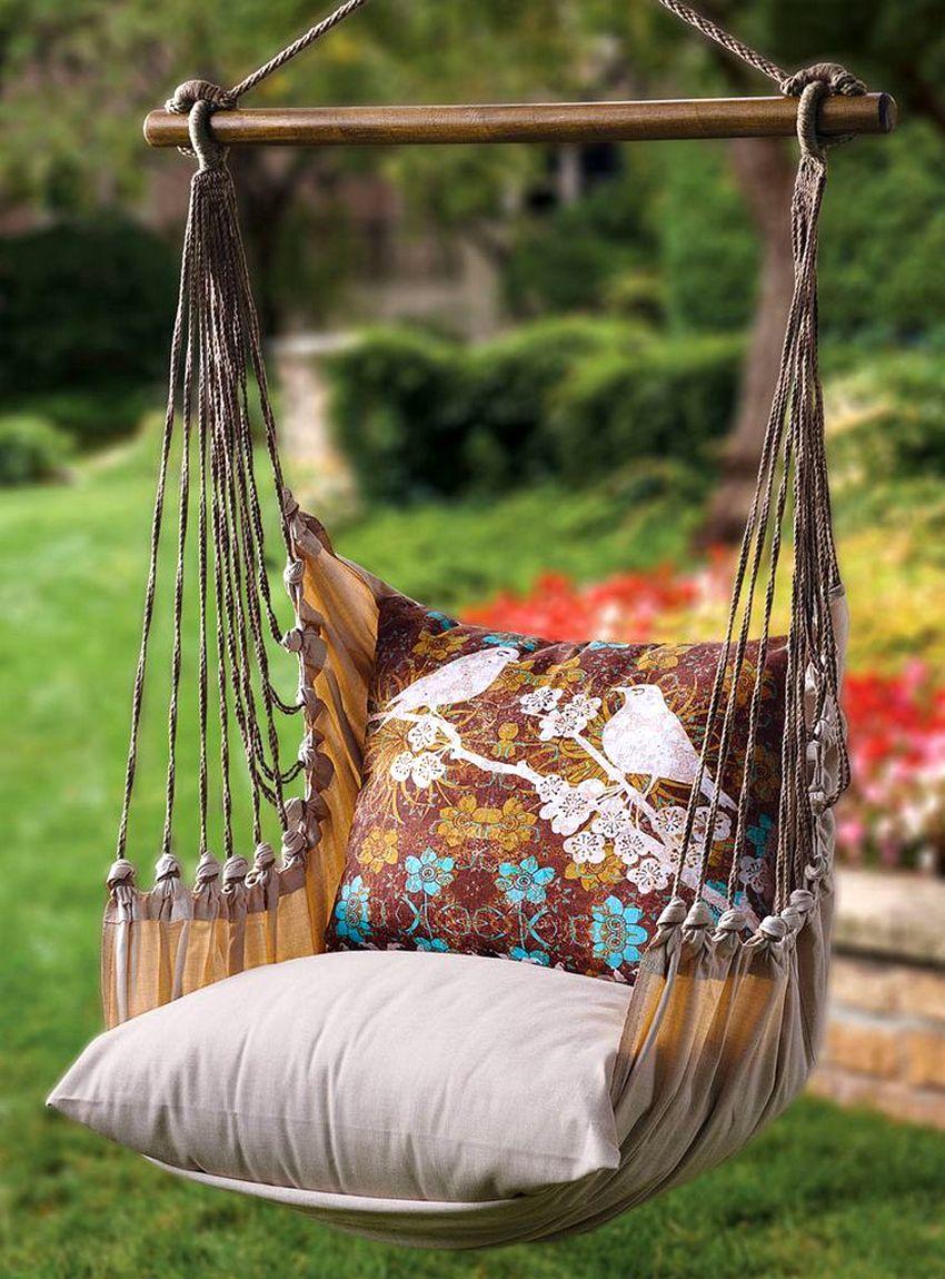 Уютные подвесные качели из ткани, созданные своими руками