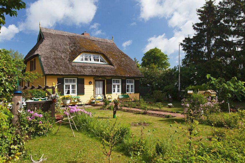 Одноэтажный дом с мансардой площадью до 100 кв м