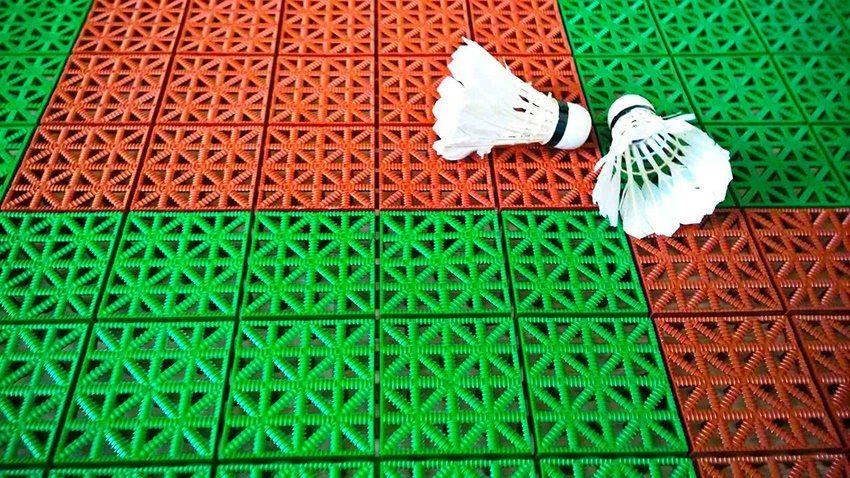 Пластиковое покрытие устойчиво к различным погодным условиям