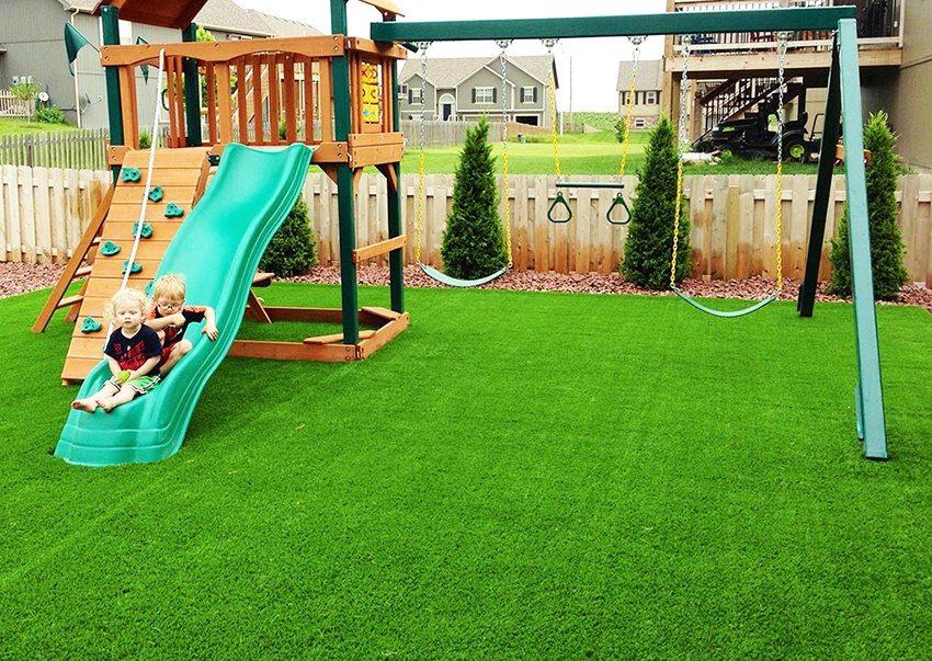 Искусственная трава — отличная замена натуральному газону