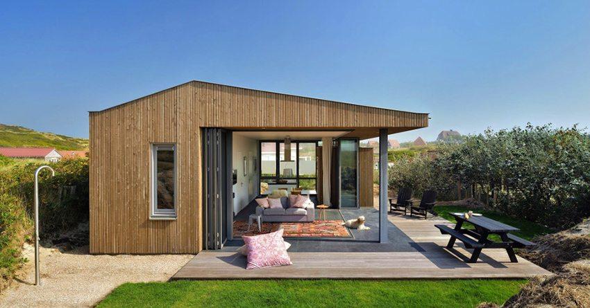 Каркасный дом с открытой зоной отдыха