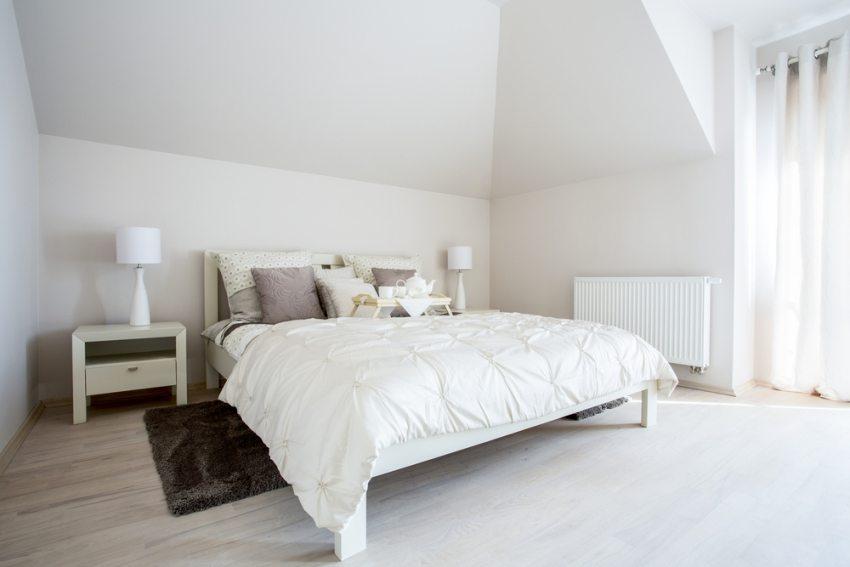 Пример оформления спальни родителей в минималистском стиле