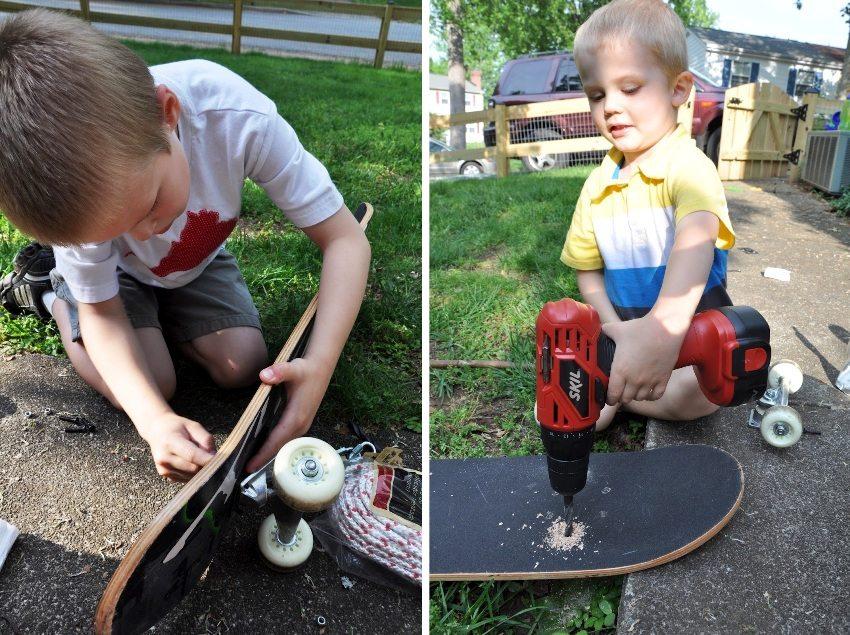 Детские качели из скейтборда, шаг 2: демонтаж роликов с доски и сверление в ней отверстий