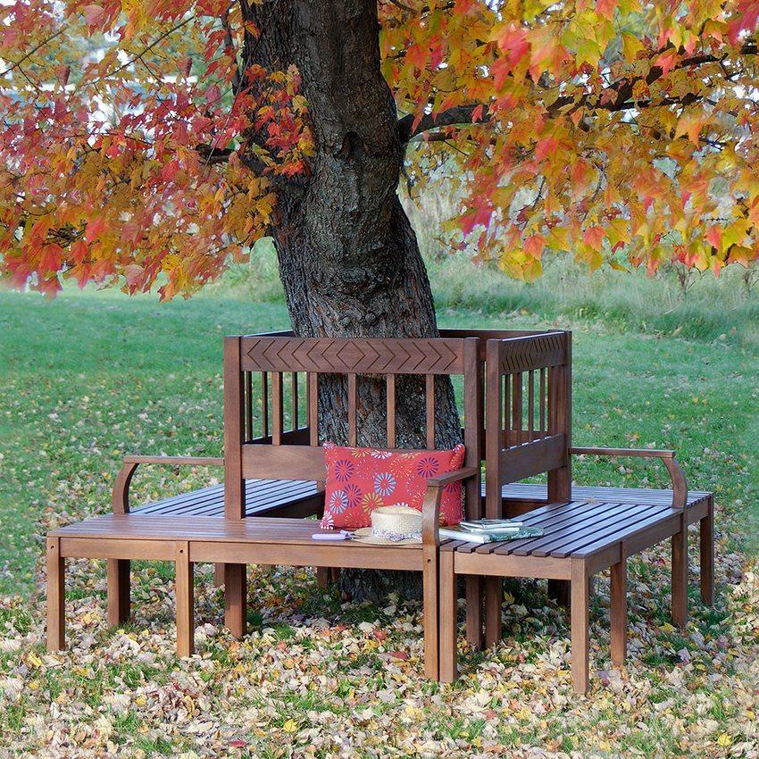 Вариант скамейки, построенной вокруг дерева