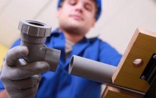 Трубы ПВХ для водопровода: особенности применения и монтажа