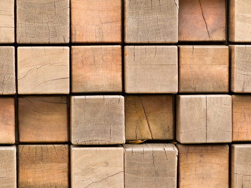 Качественный брус не содержит пороков и дефектов, которые разрушают структуру древесины