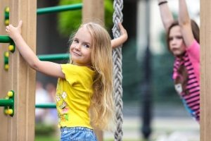 Игровой комплекс для детей можно дополнить любыми элементами на свой вкус