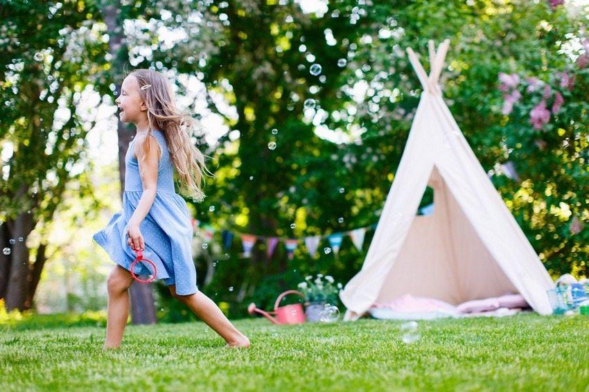 Специально организованная игровая зона поможет лучше осуществлять контроль за детьми