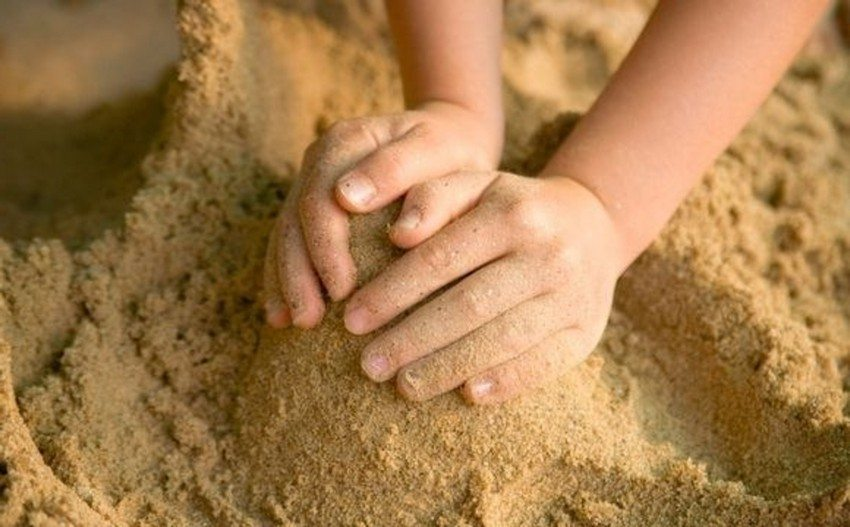 Песок, предназначенный для детских игр, должен быть очищенным и хорошо просеянным