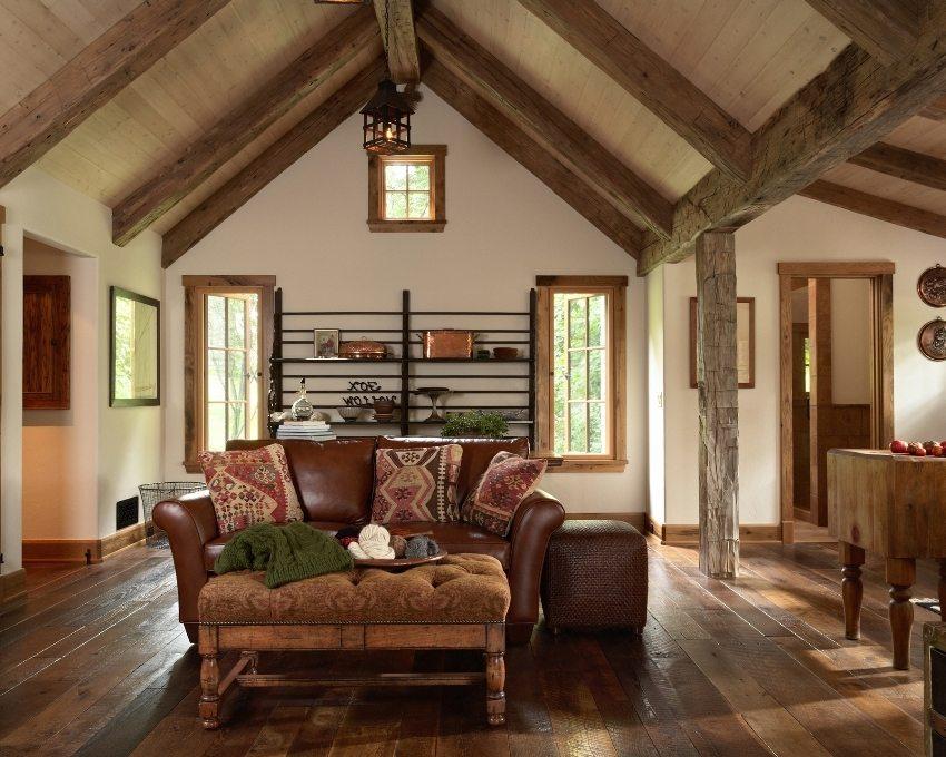 Мягкая мебель имеет различную обивку, выдержанную в одной цветовой гамме